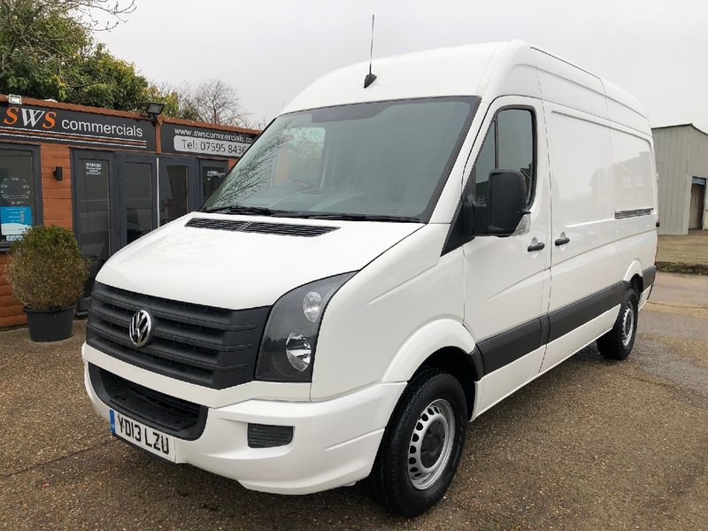 VOLKSWAGEN CRAFTER CR35 2.0 TDi 109 BLUEMOTION L2H2 MWB 2013